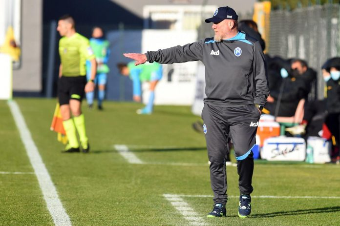 Napoli Calcio femminile: sfida salvezza con il Bari. Le azzurre domani avranno un solo risultato possibile. Parola d'ordine, vincere.